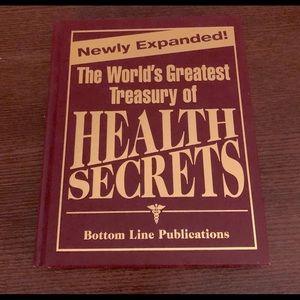 2/$20💥SALE💥 Book - Treasury Health Secrets